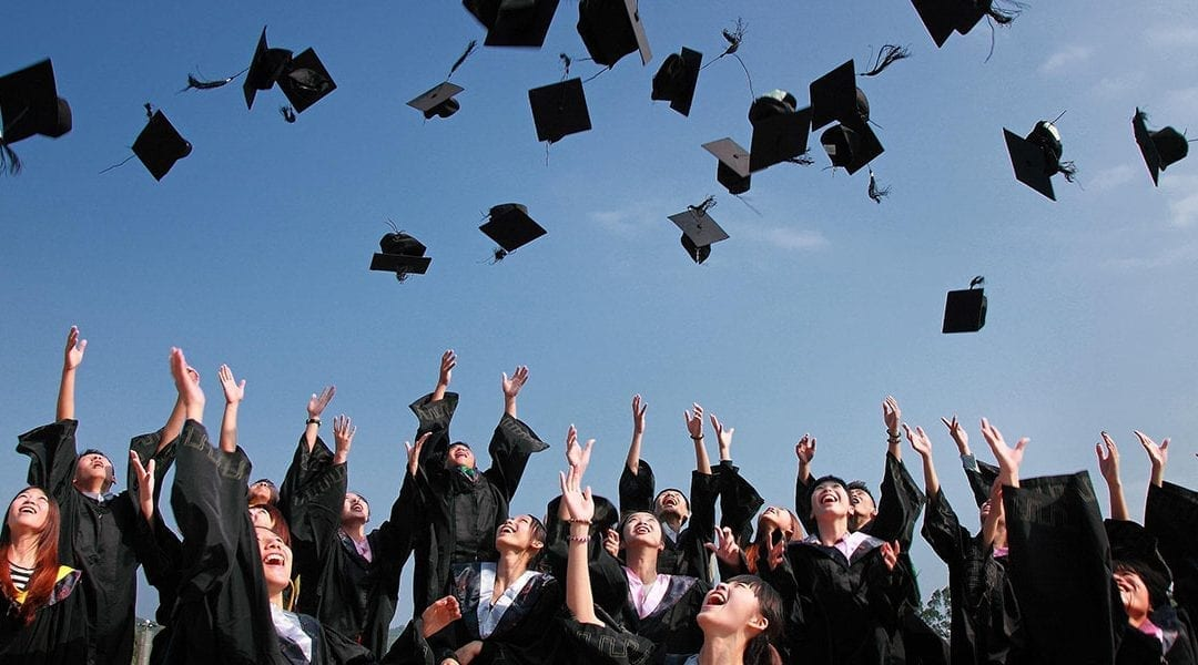 The Intern's Guide to Handling College Graduation